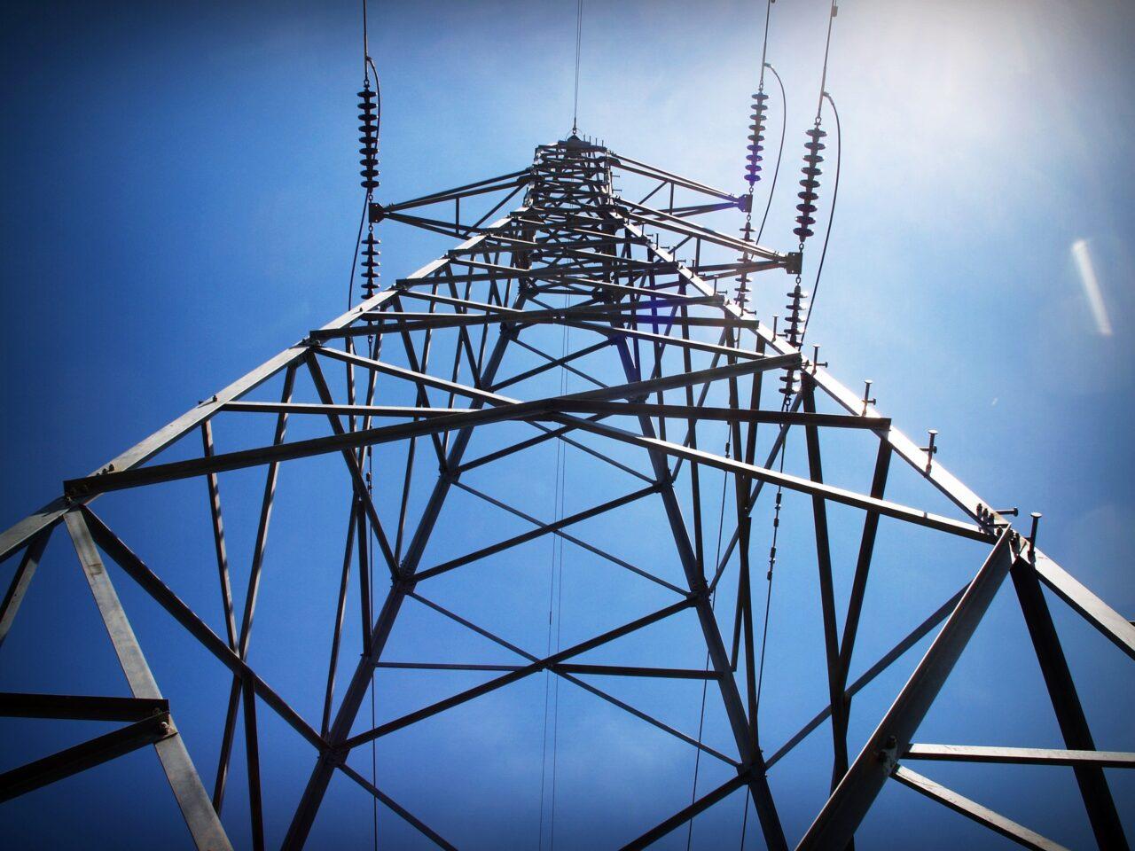Elektriciteitsnet; verzwaren of niet?